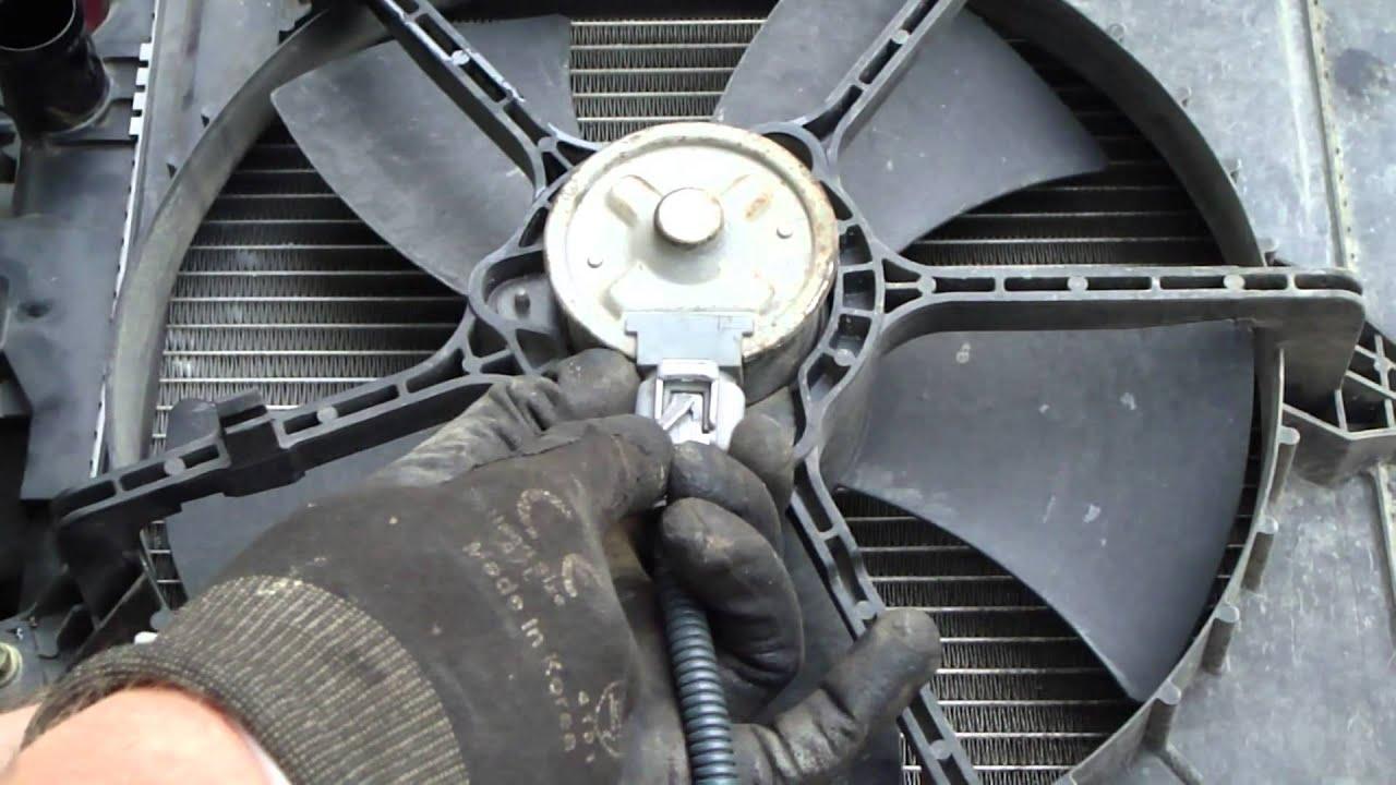 radiator fan removal on a Toyota car